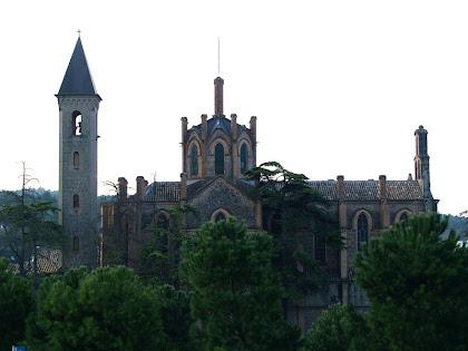 Façana nord de l'església de Sant Josep de la Colònia Pons