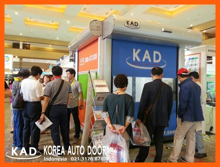 many customers visited KAD high speed door booth