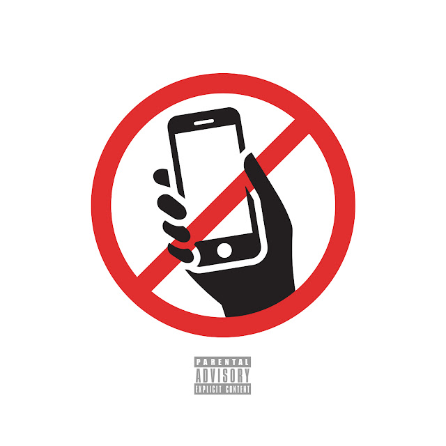 Wiz Khalifa – No Social Media (feat. Snoop Dogg)