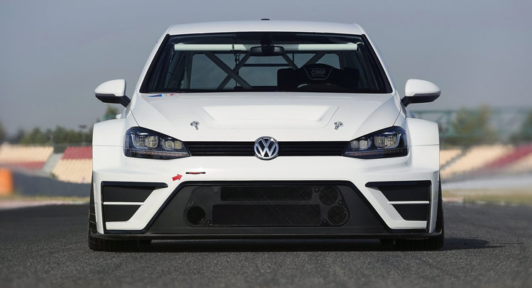 New VW Golf TCR For The Track Makes R400 Concept Look Timid