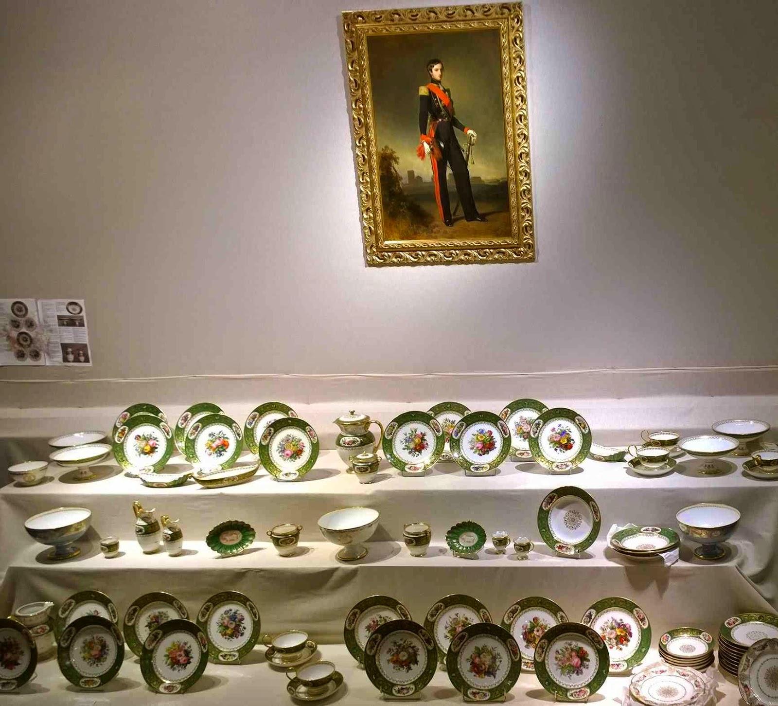 porcelaine de Sèvres le roi Louis-Philippe château de Randan,