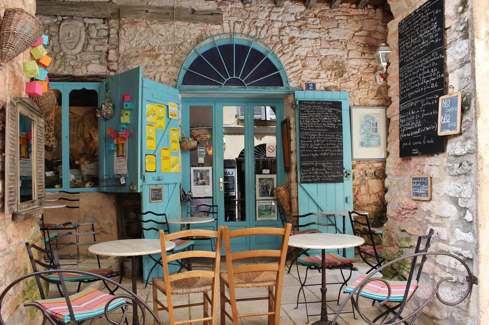 Malisonlifedco vacances for Restaurant bonifacio port
