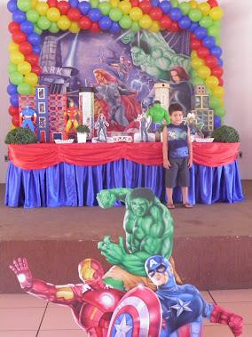 Festa dos Vingadores do Diego
