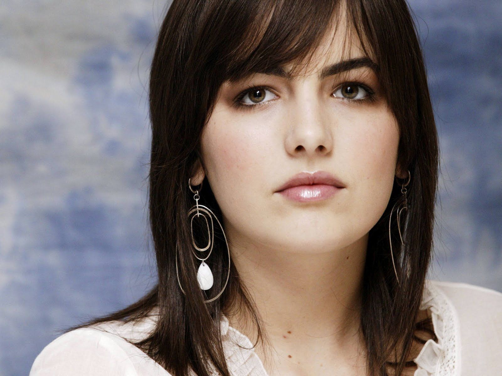Camilla Belle Hairstyles Top Hair Trends