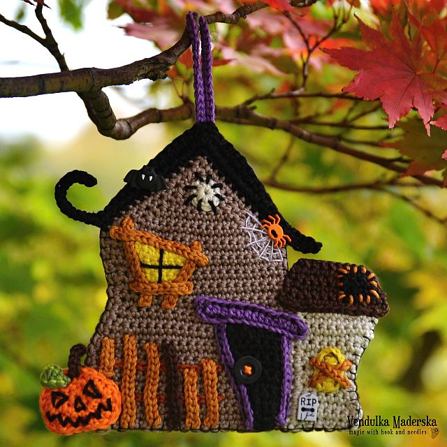 Crochet Haunted house - pattern by Vendulkam