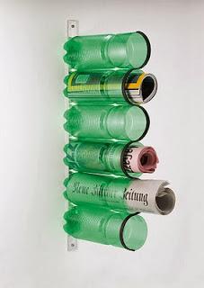 kerajinan tangan tempat koran unik dari limbah botol plastik