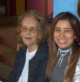 Minha queridíssima mãe e eu.