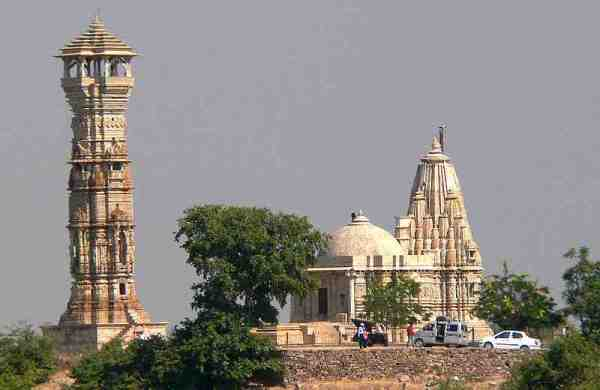 The Largest Fort in India - Chittorgarh Fort