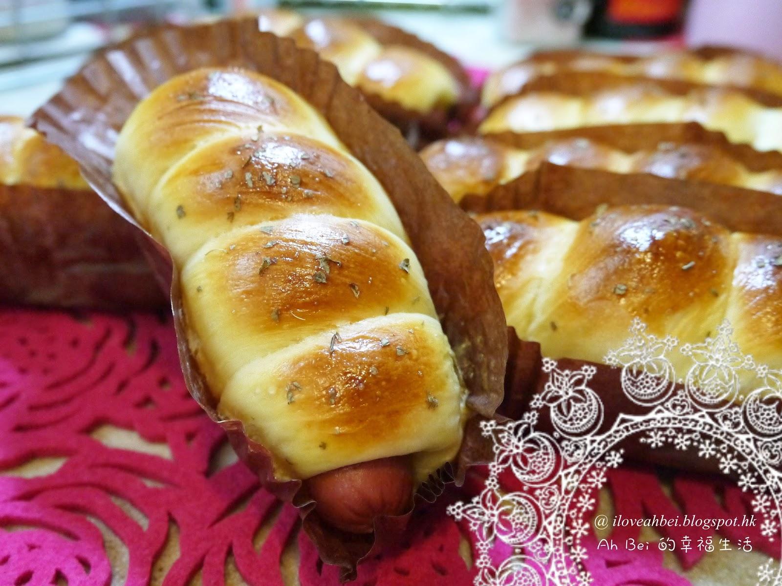 ... 的幸福生活: Homemade 腸仔包 (Delonghi 麵包焗爐機