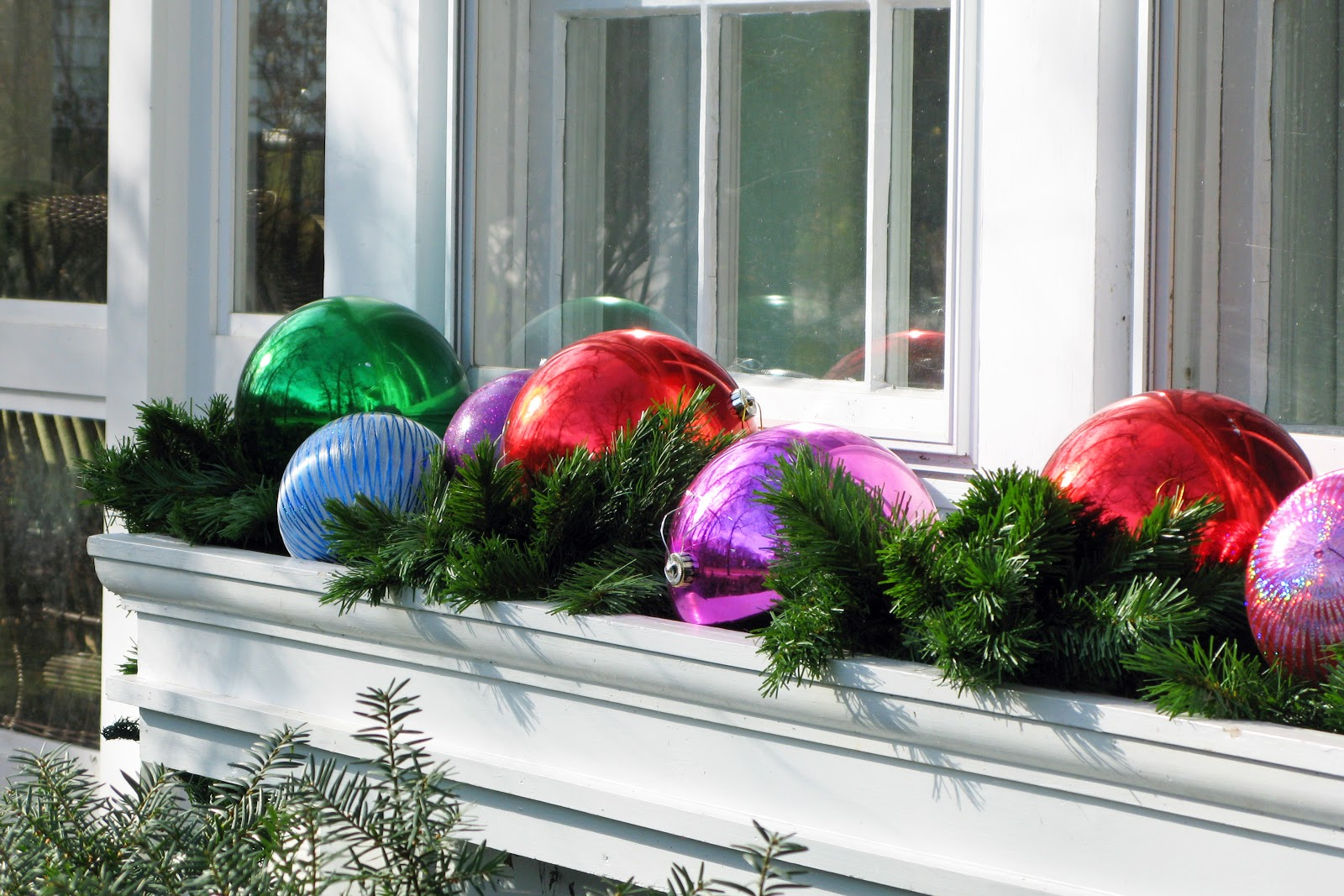 Just grand the outdoor decor 2012 Outdoor christmas decorations designs