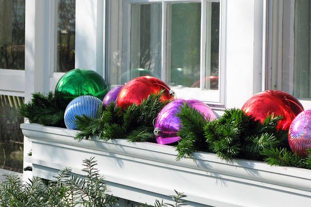 window box christmas decorations outdoor
