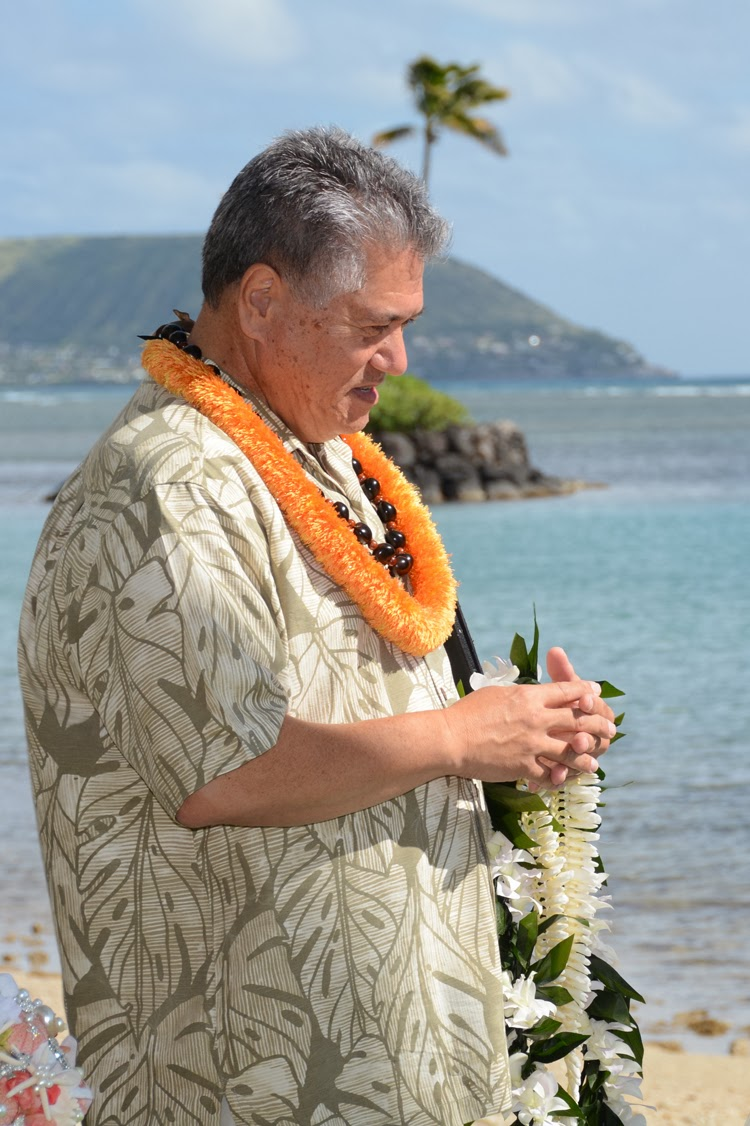 Hawaiian Wedding Minister