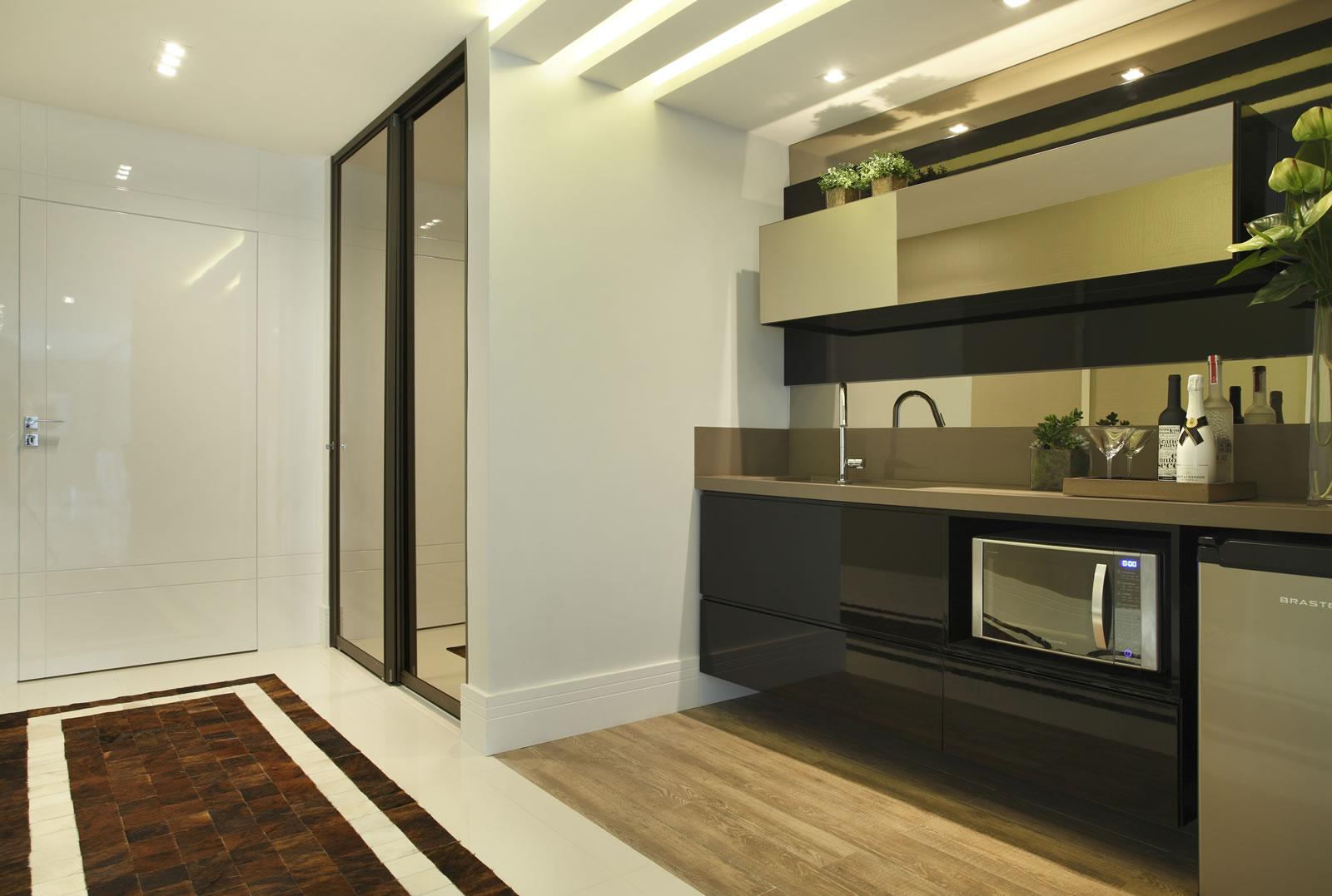 Cozinhas íntimas ou de apoio em casas de sobrados confira dicas e  #4F5B1D 1600 1077