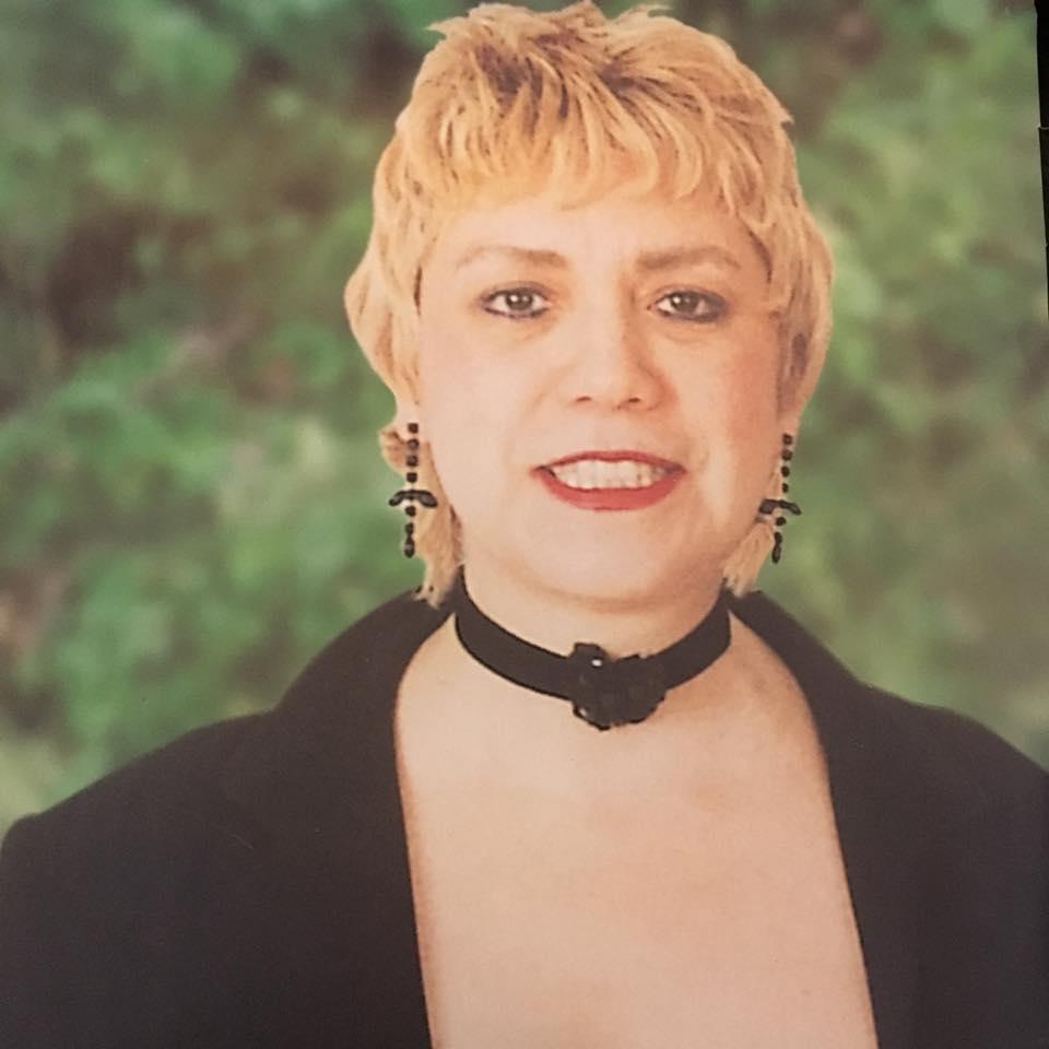 *Morgane BRAVO, Candidate aux Législatives 2002, au  XVIe  (14ème circonscription) Paris *