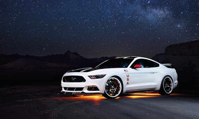 NASA仕様?フォード・マスタングにアポロ計画をモチーフにした特別モデル!