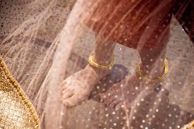 Chloë Grace Moretz, gold anklet sale in Burma, best Body Piercing Jewelry
