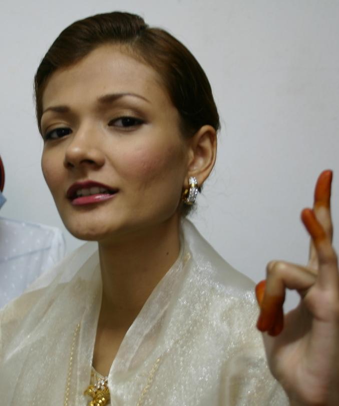 Shall I Do My Own Wedding Makeup : Natural Make Up Artist - Lin Elier ~ Beautiful Natural ...