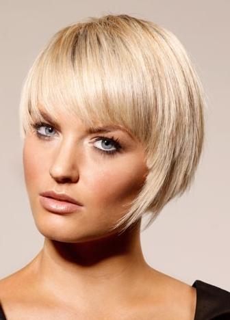 http://1.bp.blogspot.com/-RfDQHfkAOp4/TyhEKxdvFiI/AAAAAAAAABI/-KW3Stdm6C8/s1600/Medium-bob-hairstyles-2012.jpg