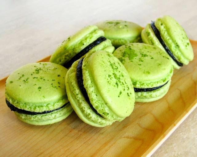 http://weresepmasakan.blogspot.com/2015/03/resep-kue-cubit-green-tea-manis.html