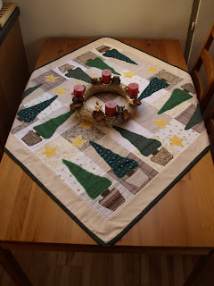 Patchwork karácsonyi asztalterítő