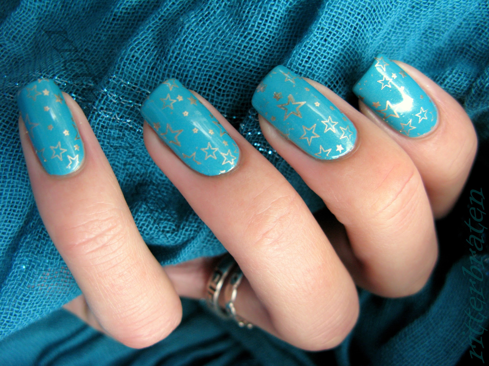 China Glaze Custom Kicks swatch konad stamping