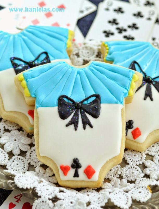 Hanielas Alice In Wonderland Onesie Cookies Piping Bows On