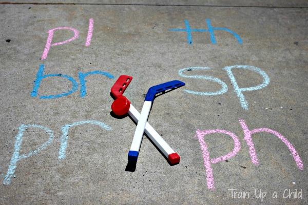 i spy preschool game instructions