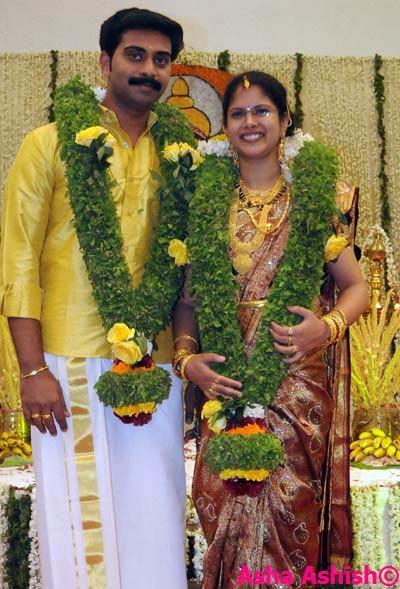 Asha Ashish: Malayalam Actor Indrans Daughter Wedding Photos Vadivelu Daughter Kavya Marriage