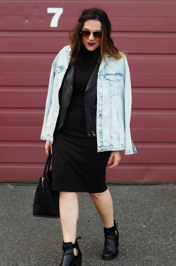 Oversize denim jacket outfit idea