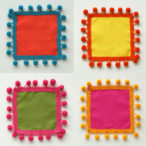 These pom pom cocktail napkins scream summer cocktails. Fun and ...