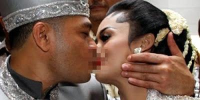 Foto Pernikahan KD dan Raul 3