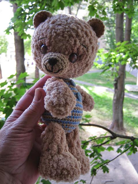 Медвежонок вязаный крючком