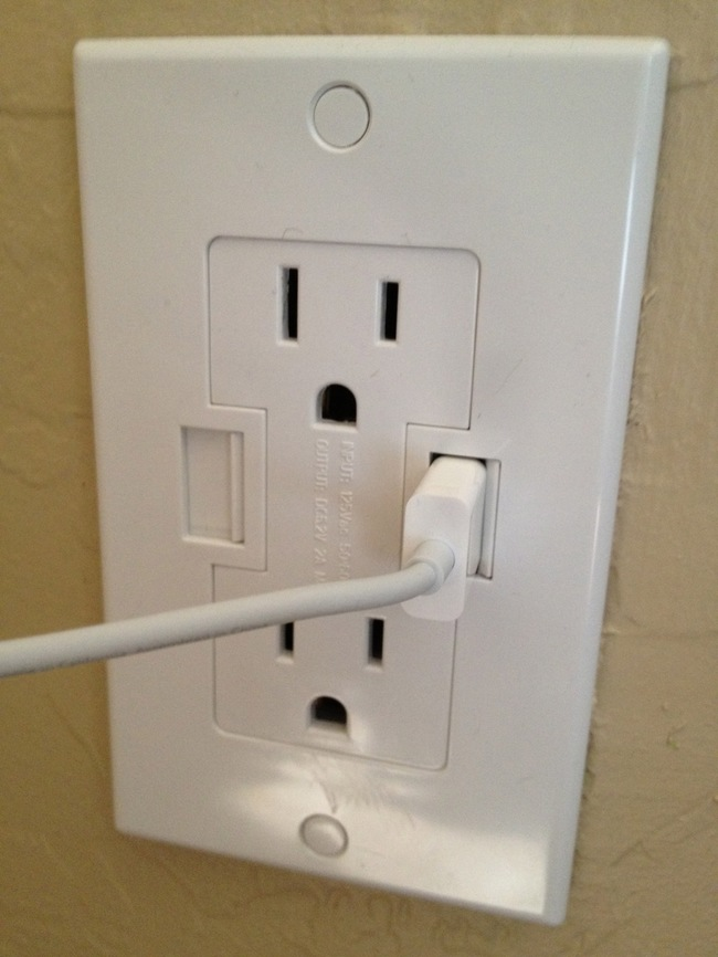 30 Insanely Clever Innovations That Need To Be Everywhere Already - Wall outlets with USB chargers.