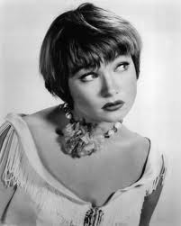 Shirley Mc Laine