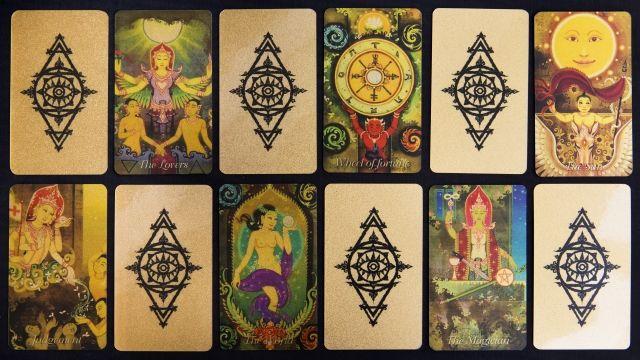 4 Heavenly King Tarot ไพ่ยิบซี ไพ่ทาโรต์ Card Back หลังไพ่ ไพ่ชุดใหญ่ ไพ่ทองคำ Gold Card Deck ไพ่ไทยทาโรต์ ไพ่ทองคำ Four King Tarot Thai Tarot Real Gold ไพ่ทาโร่ไทย