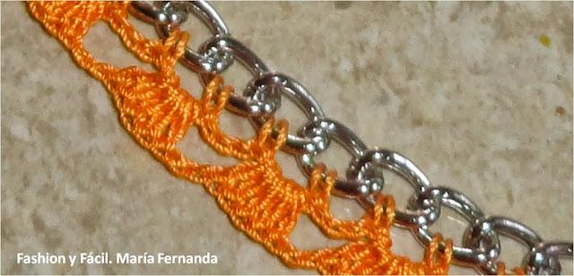 Estos collares o cuellos también pueden modificarse incorporando algunos accesorios como cuentas, perlas o caracoles, mira el resultado AQUí.
