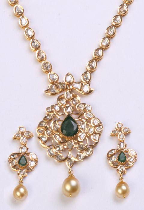 To acquire Diamonds Uncut necklace picture trends