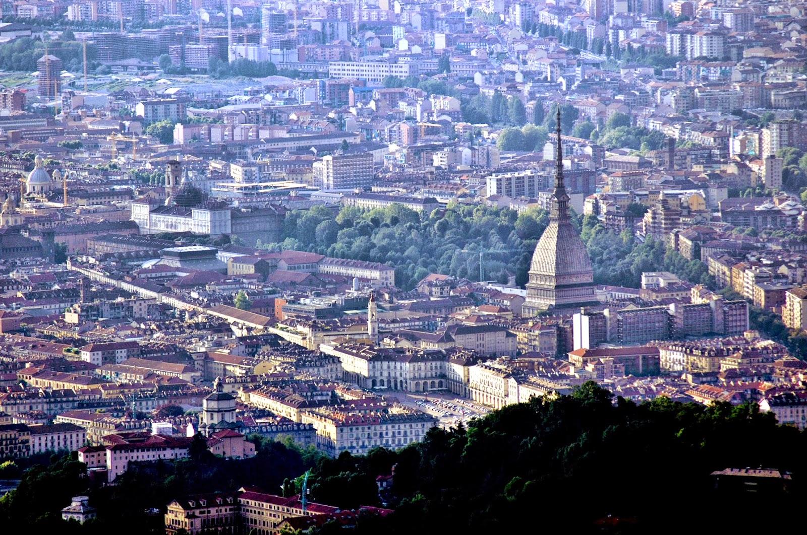 File:veduta di Torino.jpg