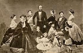 QUEEN VICTORIA'S FAMILY PHOTOS