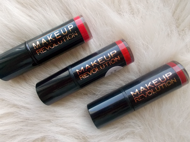 Makeup Revolution red lipsticks review/comparision: Dare, Ruby Atomic & Reckless