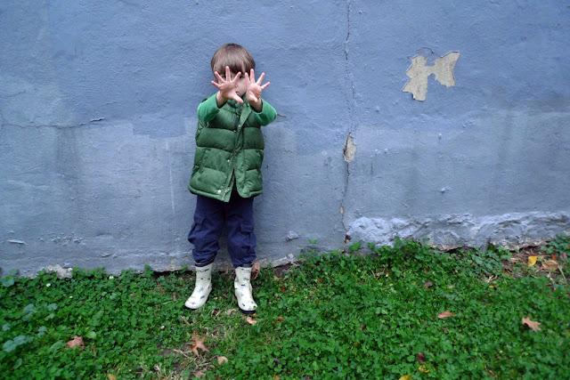 © 2012 Amber Schley Iragui, boy in green