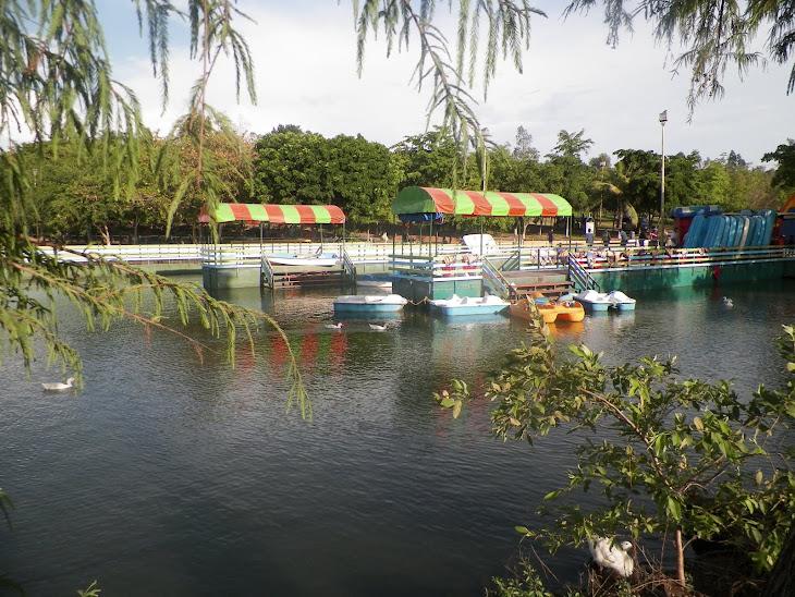 embarcadero en parque 87