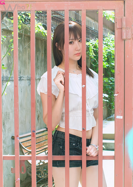 2 Yeon Da Bin - Outdoor-Very cute asian girl - girlcute4u.blogspot.com