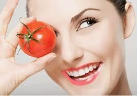 Membuat Masker Wajah Dengan Bahan Tomat