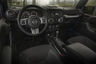 Jeep Wrangler Unlimited Black Bear Edition (2016) Dashboard