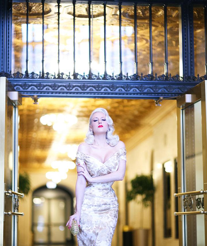 Rachel Ann Jensen Glimmering Gold Baroque Fatale In
