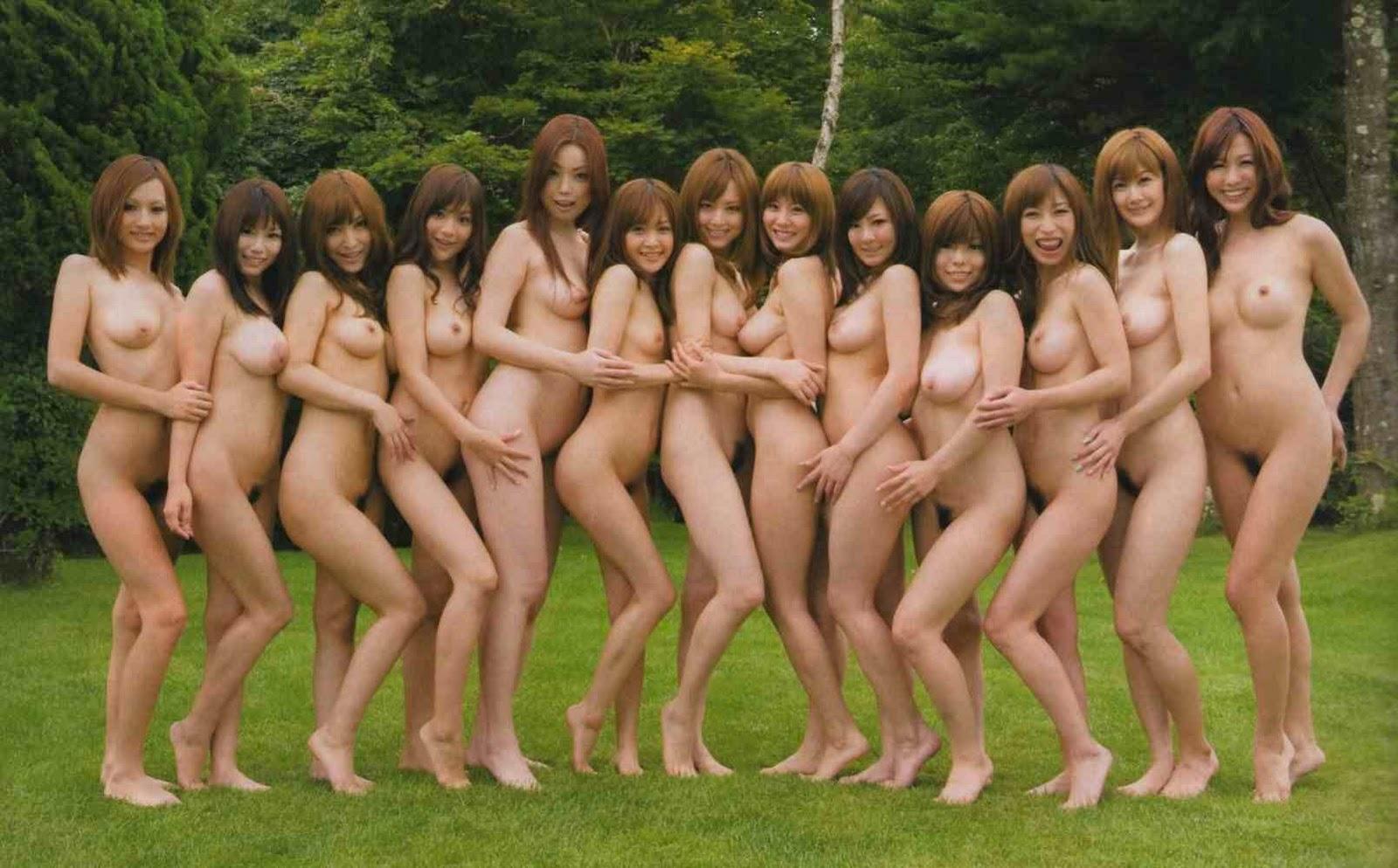 Давно это голые японские красотки