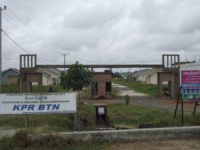 Pintu Gerbang Perumahan Banjarbaru PT.LMCP Di Palam Gambar Pintu Gerbang Sebelum Jadi
