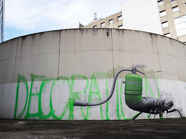 """""""Decoration"""" Newest Street piece By French artist Ludo On The Streets Of Paris, France. 1"""