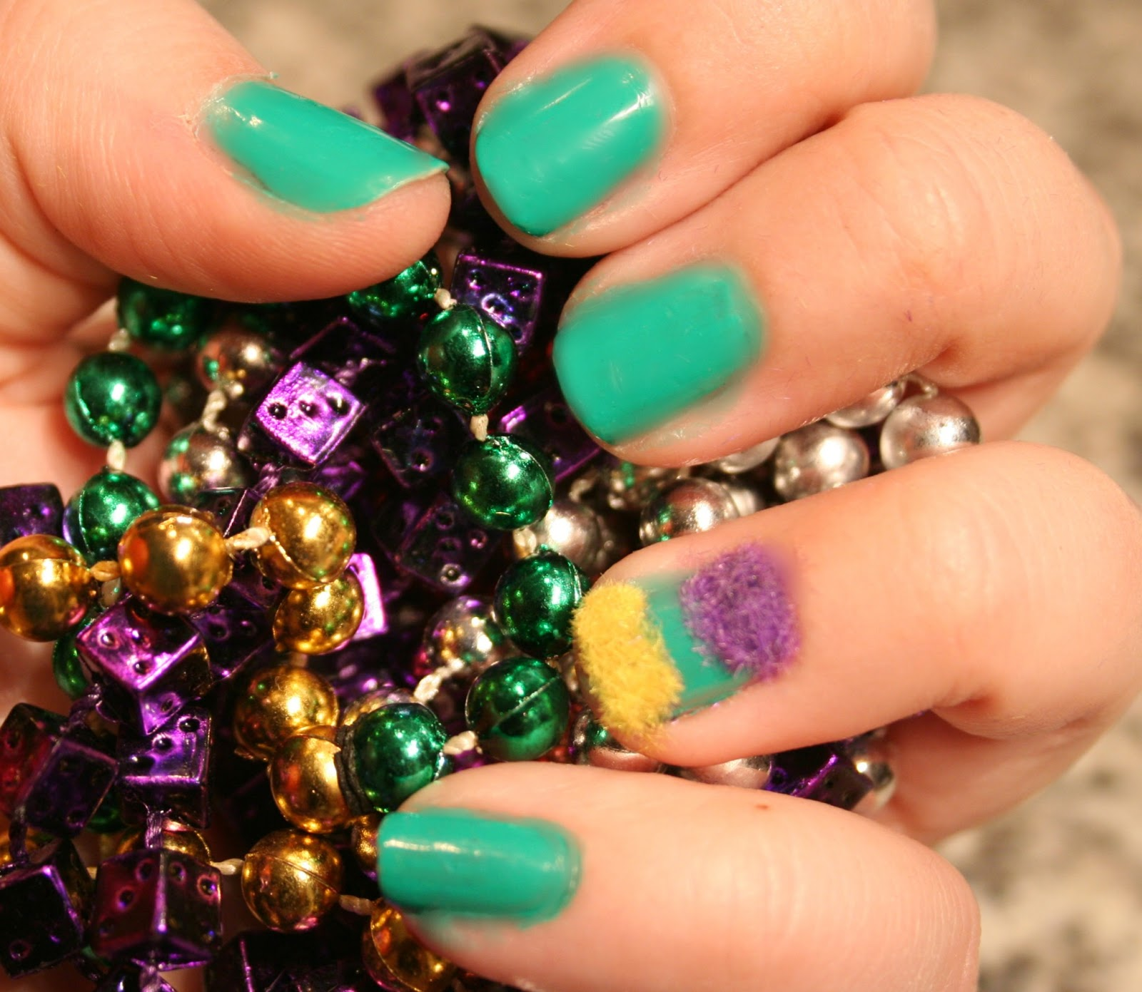 How To: Mardi Gras Nails | Hair Styles Collection Bedoyo